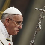 papa-francesco-croce